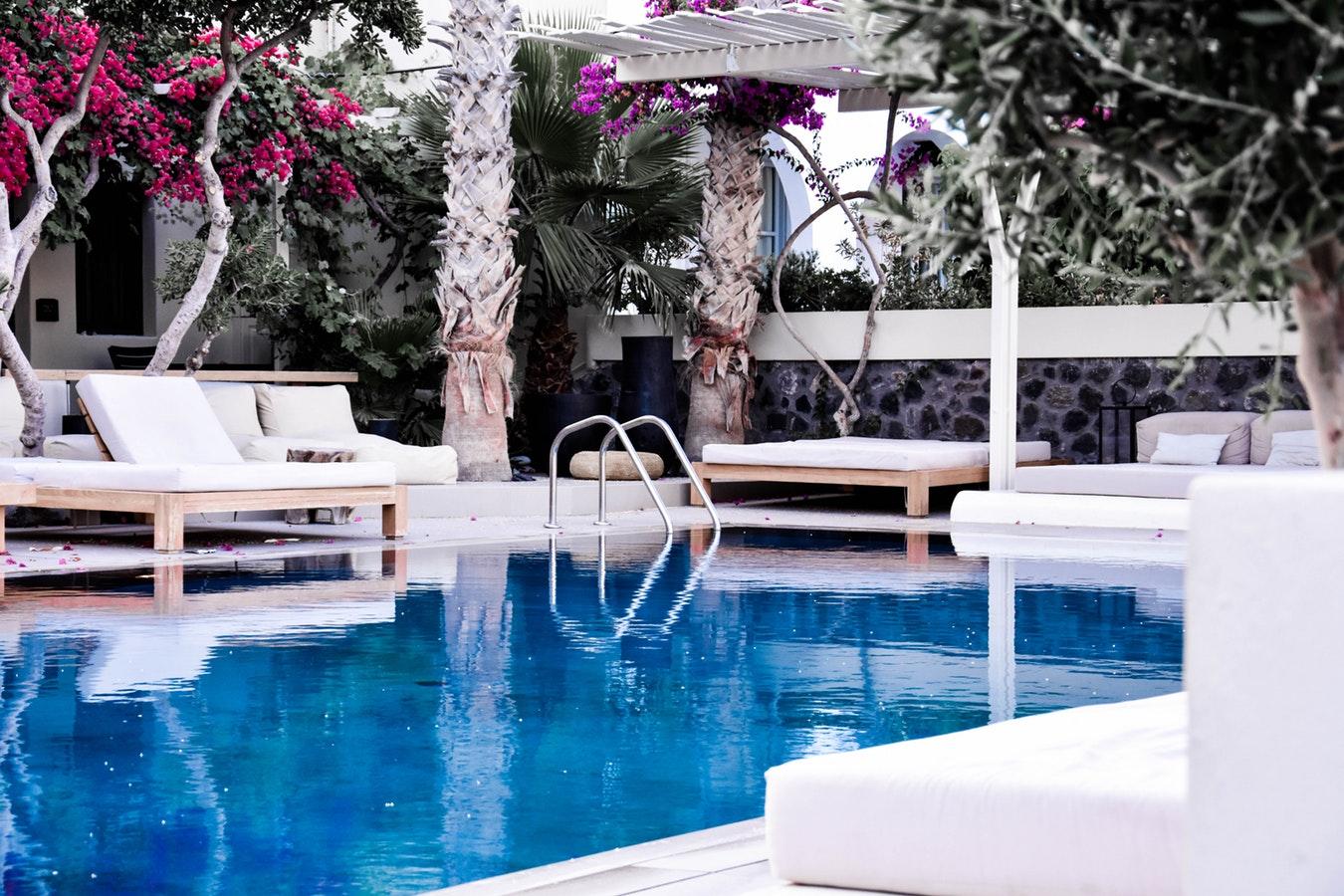 zwembad in de tuin